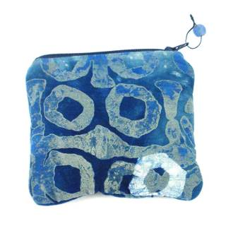 Hand Batiked Blue Coin Purse - World Peaces (Ghana)