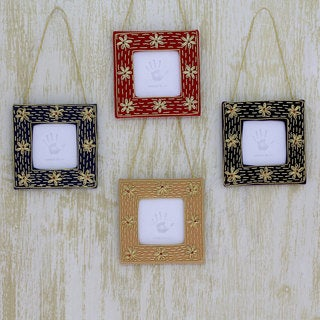 Set of 4 Handmade Beaded 'Cherished Memories' Photo Frame Ornaments (India)