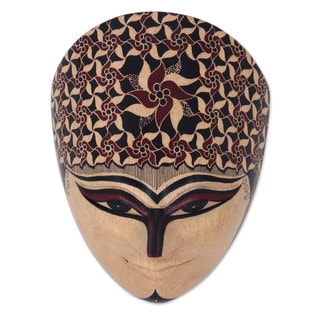 Handcrafted Pule Wood 'Raden Mas' Decorative Wall Mask (Indonesia)