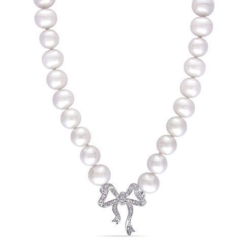 Laura Ashley Cultured Freshwater Pearl and 1/10ct TDW Diamond Bow Station Necklace in Sterling Silver (6-6.5 mm)(G-H, I1-I2)