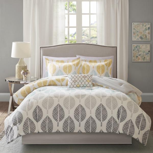 Madison Park Essentials Pelham Bay Yellow/Aqua Complete Comforter and Cotton Sheet Set