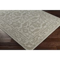 Hand-Tufted Erionwy Wool Area Rug - 8' x 10'