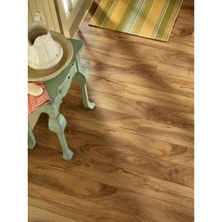 Armstrong Premium Luster 13.05-square-inch Laminate Flooring Pack