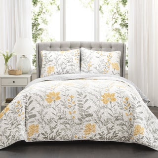 Lush Decor Aprile Reversible 3-piece Quilt Set