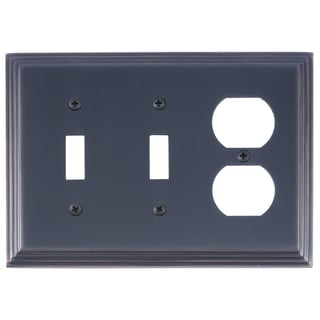 Classic Steps Triple 2-Switch/ 1-Outlet