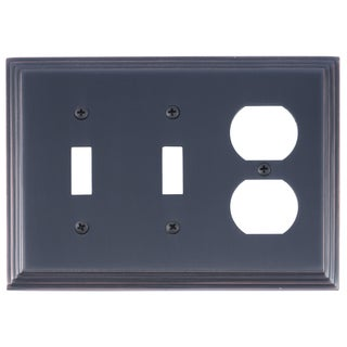 Classic Steps Triple 2-Switch/ 1-Outlet (As Is Item)