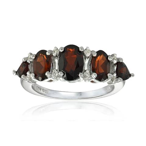 Glitzy Rocks Sterling Silver Garnet and White Topaz 5-stone Ring