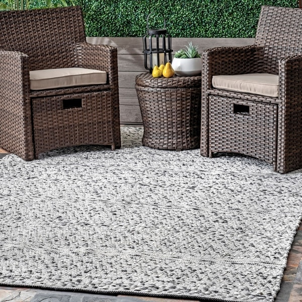 nuLOOM Silver Flatweave Chevron Striped Indoor/ Outdoor Patio Area Rug. Opens flyout.