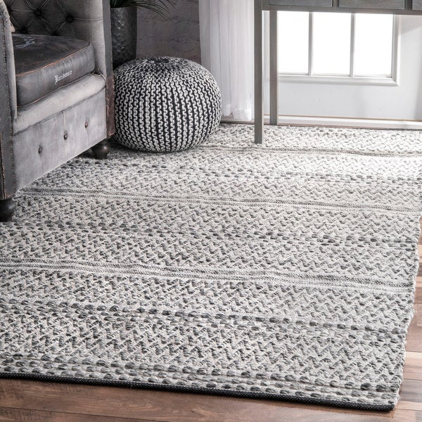 Marvelous NuLOOM Flatweave Chevron Striped Indoor/Outdoor Patio Silver Rug (5u0026#x27;  ...