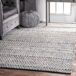 nuLOOM Flatweave Chevron Striped Indoor/ Outdoor Patio Silver Rug (7'6 x 9'6)|https://ak1.ostkcdn.com/images/products/14416737/P20984670.jpg?_ostk_perf_=percv&impolicy=medium