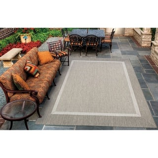 Couristan Recife Stria Texture/Champagne-Taupe Indoor/Outdoor Rug - 3'9 x 5'5