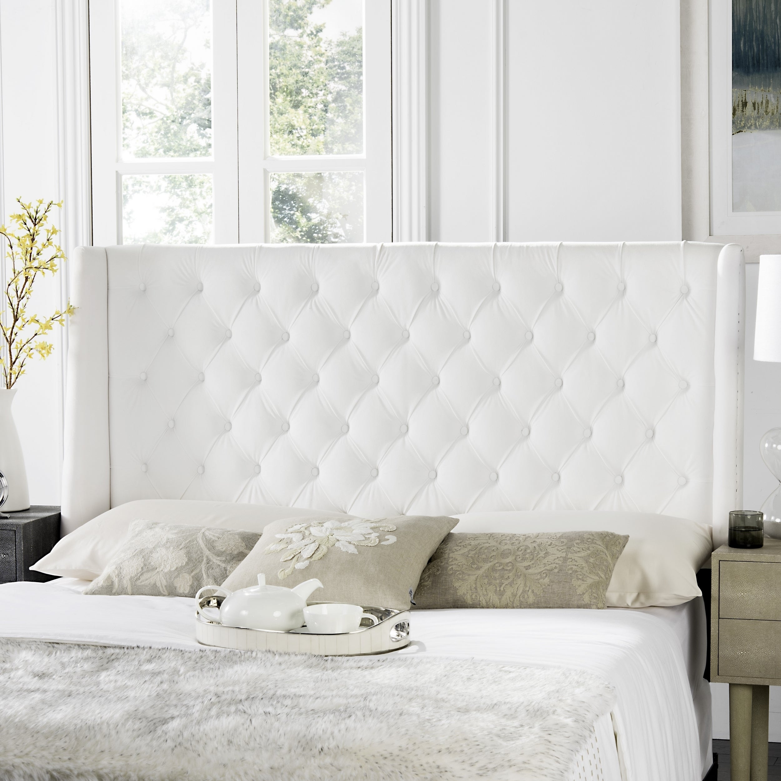 brand new 094ee 70253 Safavieh London White Tufted Winged Headboard (Queen)