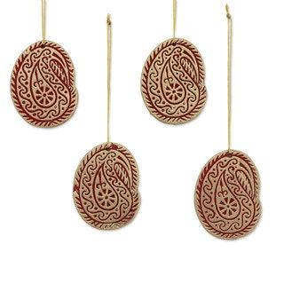 Handmade Set of 4 Ceramic Ornaments, 'Christmas Paisleys' (India)