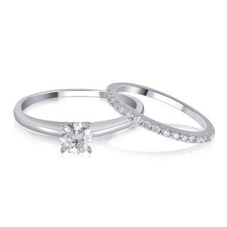 Divina 14K White Gold 1.00ct TDW Diamond Bridal Set comes in box..