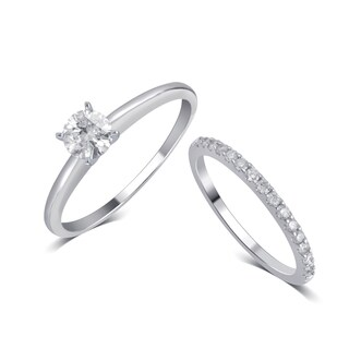 Divina 14K White Gold 3/4ct TDW Diamond Bridal Set comes in box..