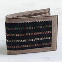 Men's Handmade Leather Wool Accent 'Fiesta Night' Wallet (Peru)