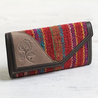 Handmade Leather Wool 'Floral Soul' Wallet (Peru)