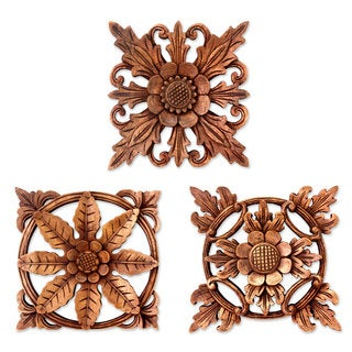 Handmade Set of 3 Wood Wall Panels, 'Balinese Flowers' (Indonesia)