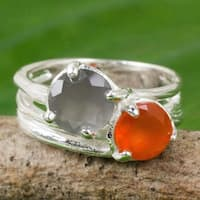 Handmade Sterling Silver 'Jazz Romance' Carnelian Moonstone Ring (Thailand)