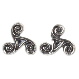 Handcrafted Sterling Silver 'Celtic Spiral' Earrings (Thailand)