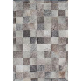 ecarpetgallery Handmade Cowhide Patchwork Grey/Ivory Leather Rug (4'11 x 5'11)