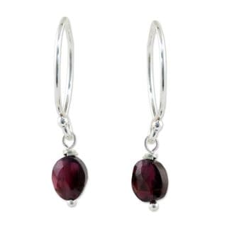 Handcrafted Silver 'Glowing Exotic' Garnet Earrings (Thailand)