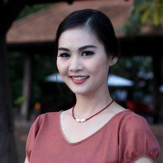 Handmade Sterling Silver 'Scarlet Lady' Quartz Pearl Choker (8 mm) (Thailand)