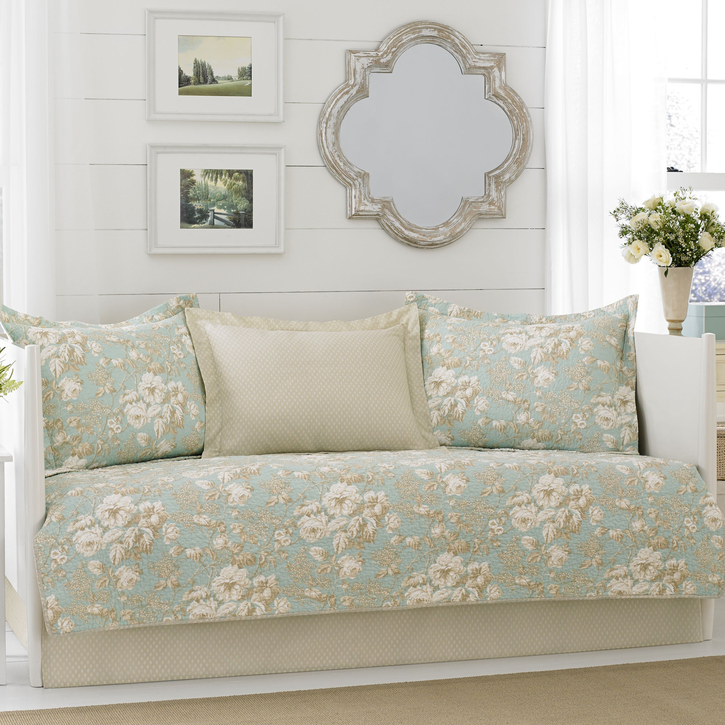 Laura Ashley Brompton Serene 5-piece Daybed Cover Set (Da...