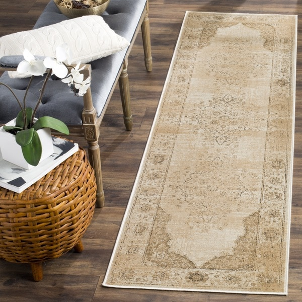 Safavieh Vintage Oriental Cream Distressed Silky Viscose Runner (2' 2 x 8')