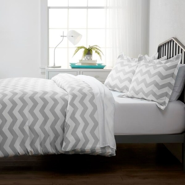 Merit Linens Premium Ultra Soft Arrow Pattern 3 Piece Duvet Cover Set. Opens flyout.