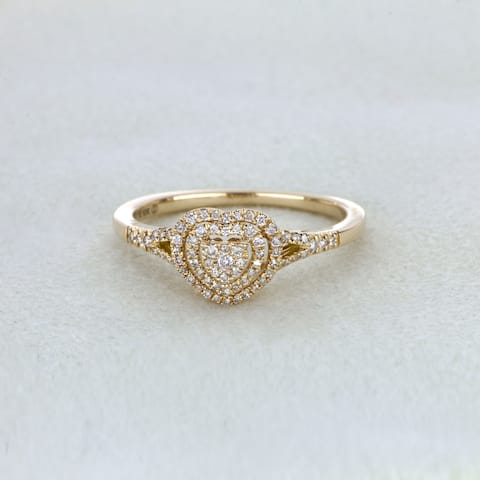 De Couer IGI Certified 1/4ct TDW Diamond Cluster Heart Shape Engagement Ring - Yellow