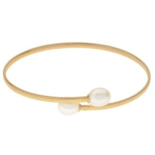 Pearls For You 10k Yellow Gold White Freshwater Pearl (8-9 mm) Flex Bangle Bracelet