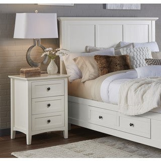Paragon White 3-drawer Nightstand