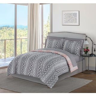 Style Decor Brenda 8-piece Bed-in-a-Bag Bedding Set