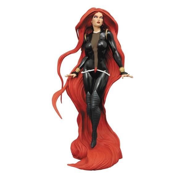 Diamond Select Toys Marvel Gallery PVC 9-inch Medusa Action Figure