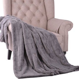 BOON Super Soft Kasaya Faux Fur Throw
