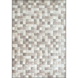 Twilight Ivory/ Beige Area Rug (6'7 x 9'6 )