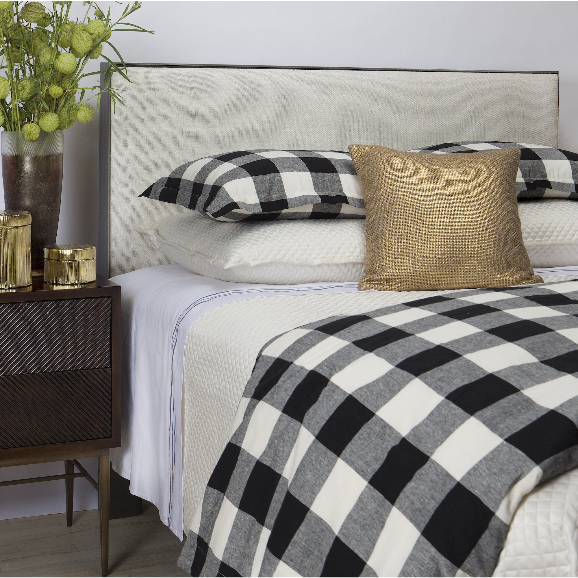 Art of Home from Ann Gish Black and White Plaid Duvet Set...