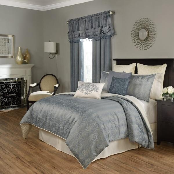 Beautyrest Avignon Smokey Blue 4-Piece Comforter Set