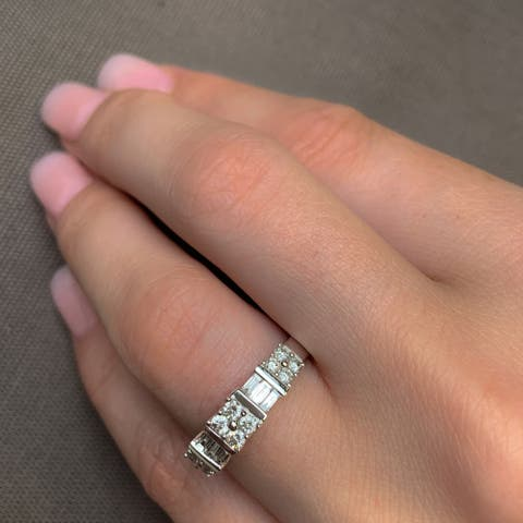 Miadora Signature Collection 10k White Gold 1/2ct TDW Diamond Anniversary Ring