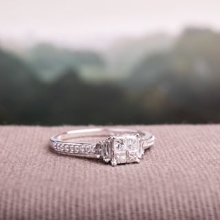Miadora Signature Collection 10k White Gold 1/2ct TDW Multi-Cut Diamond Quad Center Engagement Ring (G-H, I2-I3)