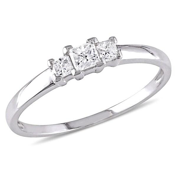 Miadora Signature Collection 10k White Gold 1/4ct TDW Princess Cut Diamond Three-Stone Engagement Ri