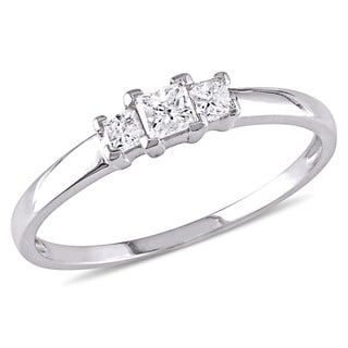 Miadora Signature Collection 10k White Gold 1/4ct TDW Princess Cut Diamond Three-Stone Engagement Ring (G-H, I1-I2)