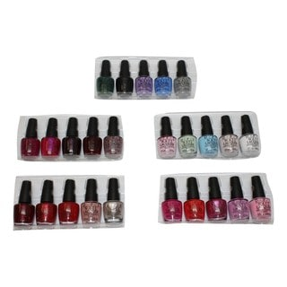 OPI Breakfast at Tiffany's Nail Lacquer Mini Mani Month (Set of 25)