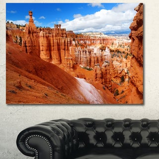 Design Canvas Art Print 'Sandstone Hoodoos in Bryce Canyon' Extra Large Landscape Canvas Art Print - Multi-color
