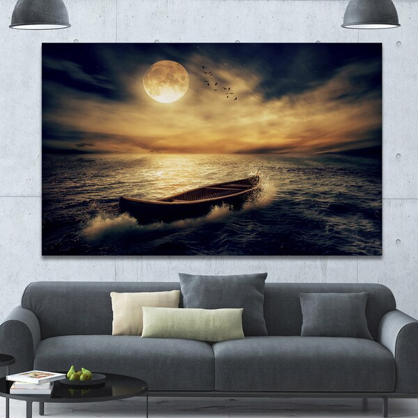 Designart 'Middle of Ocean after Storm' Floral Canvas Wall Art