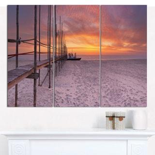 Designart 'Texel Island Seaside Jetty Panorama' Multipanel Seashore Canvas Wall Art - 3 Panels 36x28