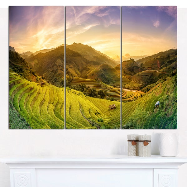 Designart \'Rice Fields on Terraced Panorama\' Landscape Canvas Wall ...