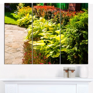 Designart 'Modern Green Garden Design' Multipanel Landscape Canvas Art Print - 3 Panels 36x28