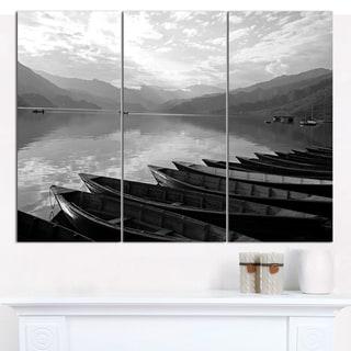 """Designart 'Boats Lined up on Pokhara Lake' Boat Canvas Artwork - 36""""x28"""" 3 Panels"""